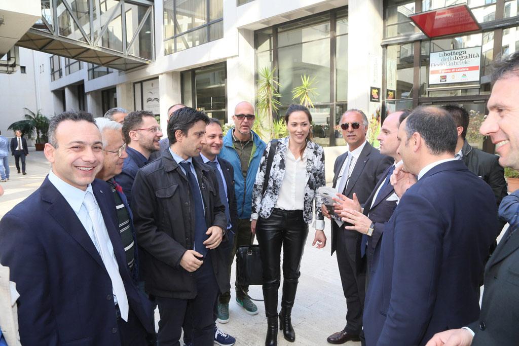 Flora Sculco con la delegazione di Crotone