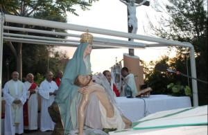 Madonna pietà crosia1