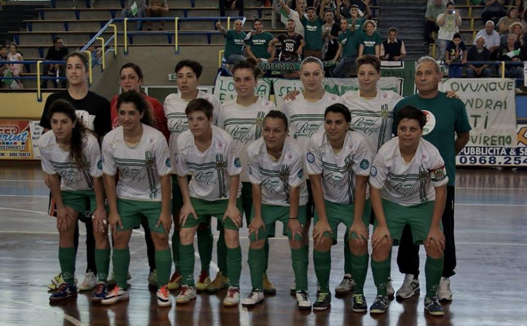 Royal-Team-04-10