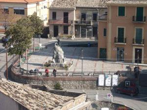 satriano-marina-piazza