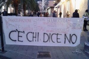 Lamezia: No al referendum, presidio corso Nicotera