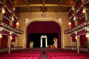teatro-grandinetti1024-680