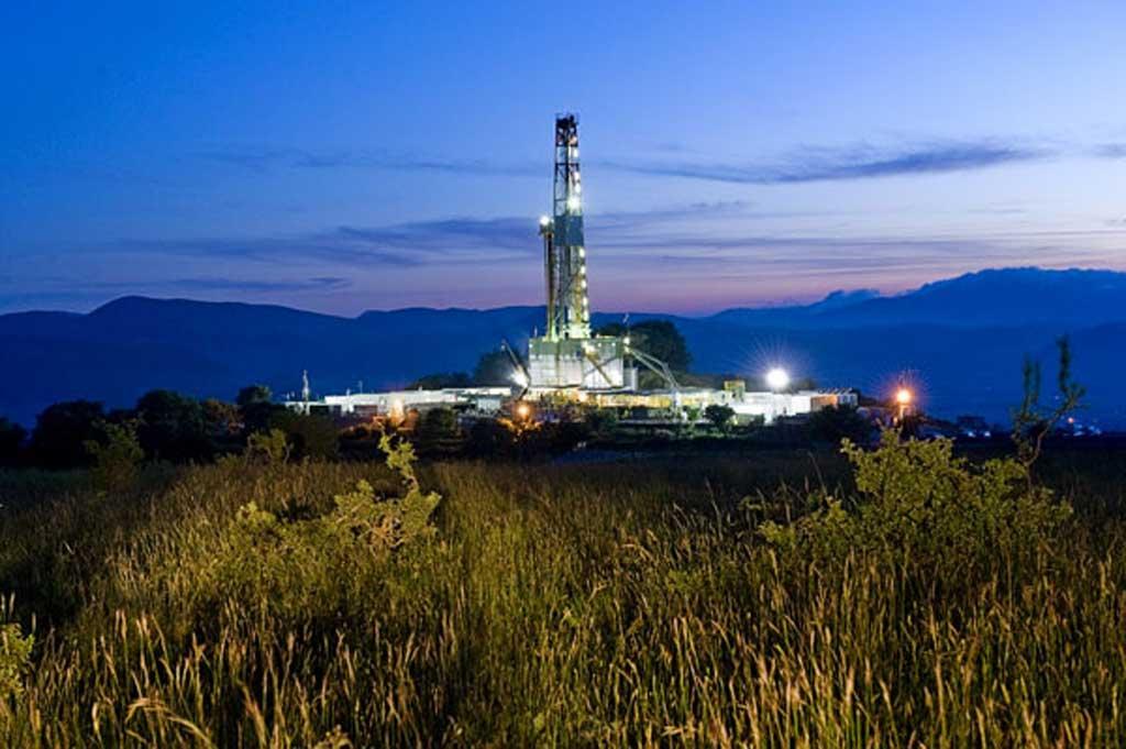 pozzo-petrolifero-1024