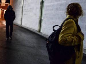 Stalking: perseguita ex e incendia auto madre, arrestato a Vibo