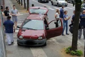 Provoca incidente stradale e fugge a Cosenza, nessun ferito