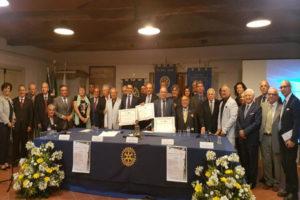 Catanzaro: incontro Rotary Club Tre Colli ed il Rotary Club Crotone