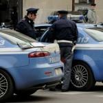 Droga: auto sfugge all'alt della Polizia a Crotone, due arresti