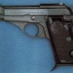 Armi: in garage pistola e cartucce, pensionato arrestato a Locri