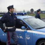 Droga: in auto 3,5 kg di marijuana, inseguito ed arrestato