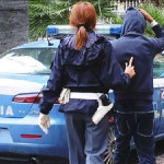 Rubano auto ma vengono sorpresi da Polizia a Reggio, arrestati