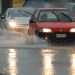 Maltempo: forti piogge provocano disagi su strade in Calabria