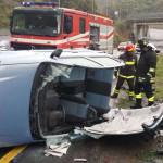 Incidenti stradali: auto fuori strada, un morto a Catanzaro