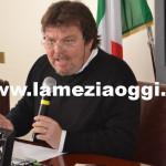 Lamezia: esercizio cinematografico, Grandinetti in commissione