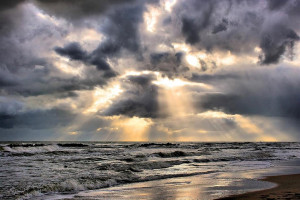Il tempo: piogge fino a mercoledi', nel weekend torna il sereno