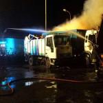 Incendio in azienda rifiuti a Torre Melissa, distrutti mezzi