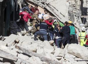 Terremoto: da Cosenza 10 mila euro, padre Fedele ad Amatrice