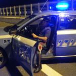 Auto contro guard-rail sull'A3, ferita una donna