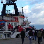 """Migranti: a R. Calabria nave """"Phoenix"""" con 346 persone a bordo"""