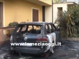 Incendiata l'auto di un consigliere comunale a Catanzaro