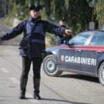Durante un controllo sferra un pugno ad un carabiniere, arrestato
