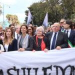 Violenza sessuale: in migliaia a Reggio Calabria, reazioni