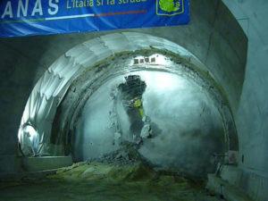 A/3: Anas, abbattuto ultimo diaframma galleria nel Cosentino