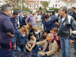 Migranti: no a rifugiati in albergo, proteste nel Cosentino