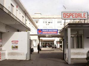 Criminalita': giovane accoltellato nella notte a Vibo Valentia