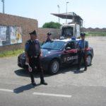 Sfugge all'alt dei Carabinieri, inseguito finisce contro muro