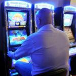 Gioco d'azzardo: sequestro 4 slot machines e sanzioni nel Vibonese