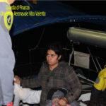 Migranti:Gdf intercetta veliero con 70 persone a bordo, 3 arresti