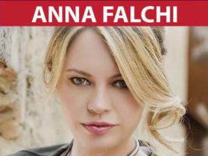 Anna Falchi a Paola per stop alla violenza contro le donne