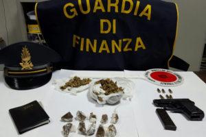Droga: controlli Gdf Cosenza davanti a scuole e universita'