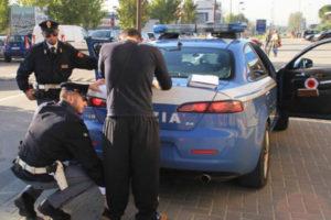 Ricettazione e resistenza, arrestati coniugi 'ex' gioiellieri