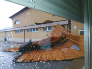 Lamezia: Provincia ripara tetto istituto tecnico geometri