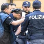Armi: 32enne arrestato a Reggio dalla Polizia per detenzione illegale