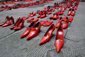Giornata contro la violenza sulle donne, le iniziative a Lamezia