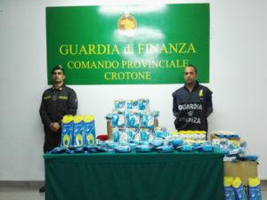 """Contraffazione: Gdf sequestra prodotti con marchio """"Scholl"""""""