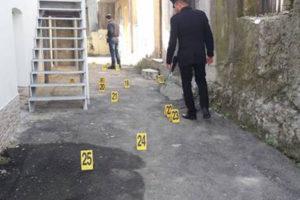 A San Gegorio d'Ippona come nel Far West, esplosi 40 colpi