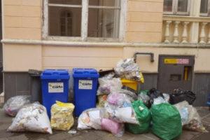 Agenzia Entrate: Usb, a Catanzaro uffici ex territorio sporchi