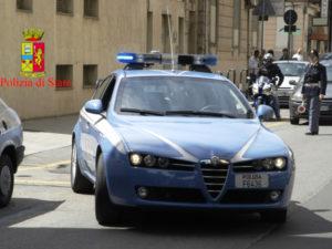 Minaccia la compagna con coltello, un arresto a Reggio Calabria