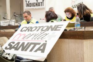 Sanita': Marrelli Hospital, continua protesta lavoratori