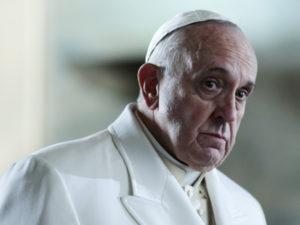 Papa: mafie opposte Vangelo, convertitevi e smettete fare male