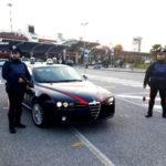 Sfonda vetro auto e tenta di rubare borsa, arrestato a Lamezia