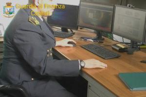 Pirateria: Gdf Cagliari oscura 15 portali internet, una denuncia