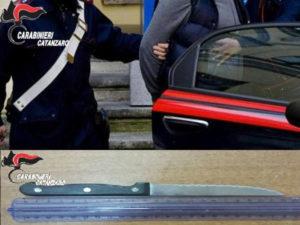 Violenza donne: minaccia la madre con coltello, arrestato 38enne a Catanzaro