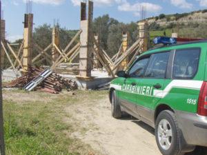 Abusivismo: edificio irregolare sequestrato nel Crotonese