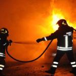 Intimidazioni: auto incendiata durante la notte nel Vibonese