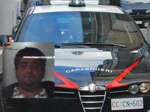 Minaccia i carabinieri con un coltello, un arresto nel Reggino