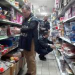 Contraffazione: Gdf Catanzaro sequestra 4.000 prodotti, 6 denunce